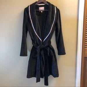 Victoria's Secret Plush Black Bathrobe